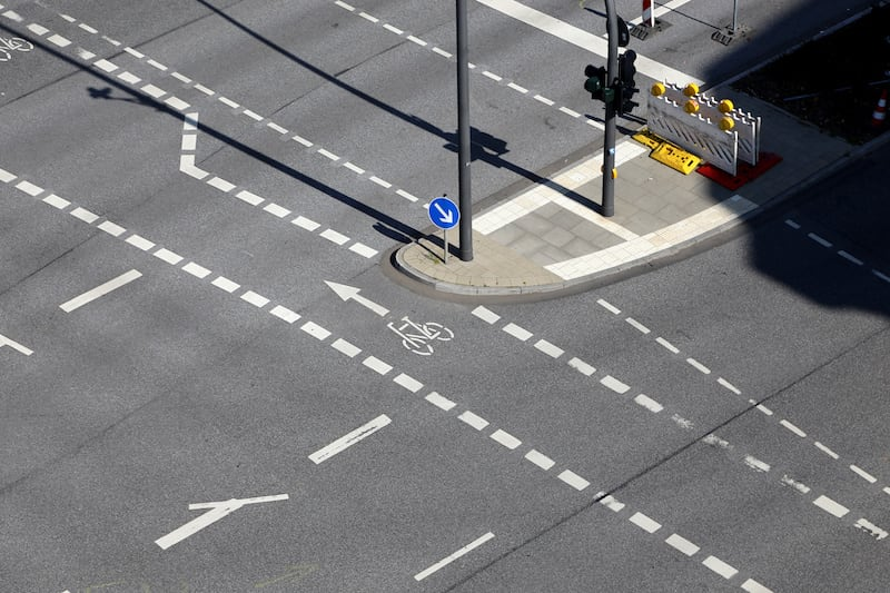Andere-Teilnehmer-Strassenverkehr-fussgaengerfurt.jpeg