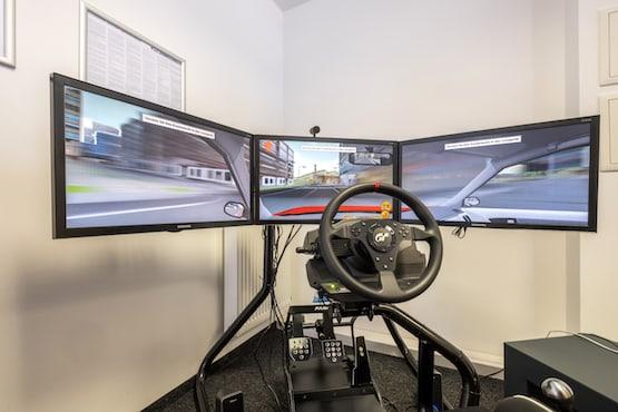 Fahrschule Duisburg Führerschein Simulator