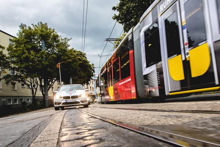 Fahrschule Essen Auto und Straßenbahn