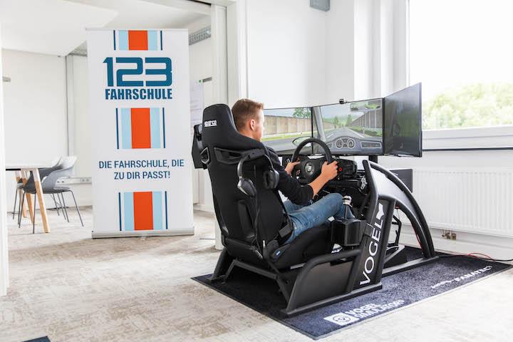 Fahrschule Recklinghausen Simulator fahren lernen