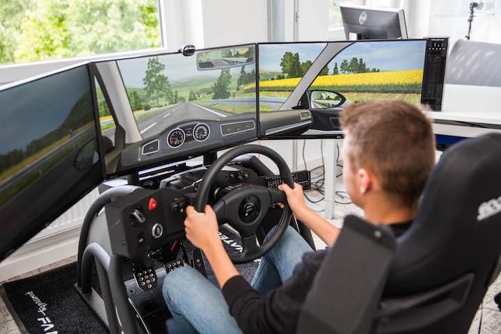 Fahrschule Recklinghausen Simulator mit Schueler