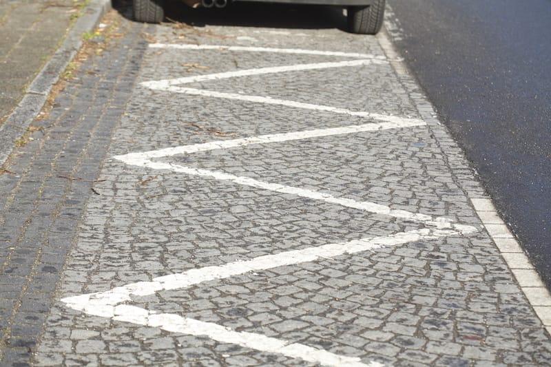 Ruhender-Verkehr-Grenzmarkierung.jpeg