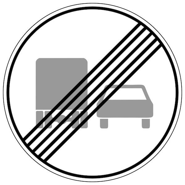 Verkehrszeichen-Ende-des-Überholverbots-für-Kraftfahrzeuge-über-3,5-t.jpg