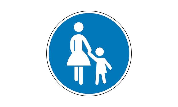 Verkehrszeichen-Gehweg.jpg