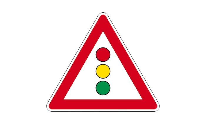 Verkehrszeichen-Lichtzeichenanlage.jpg