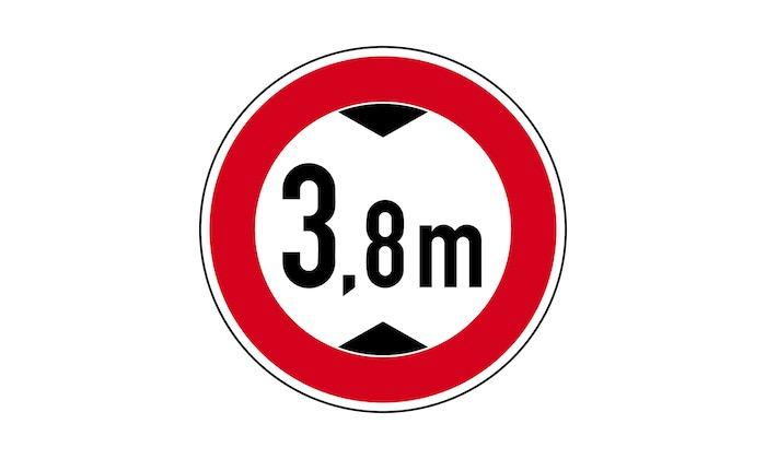 Verkehrszeichen-Tatsächliche-Höhe.jpg