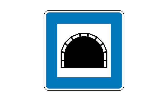 Verkehrszeichen-Tunnel.jpg