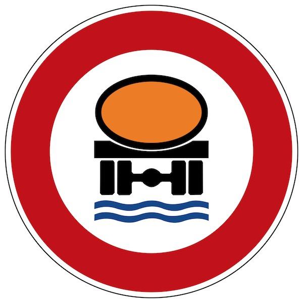 Verkehrszeichen-Verbot-für-Fahrzeuge-mit-wassergefährdender-Ladung.jpg