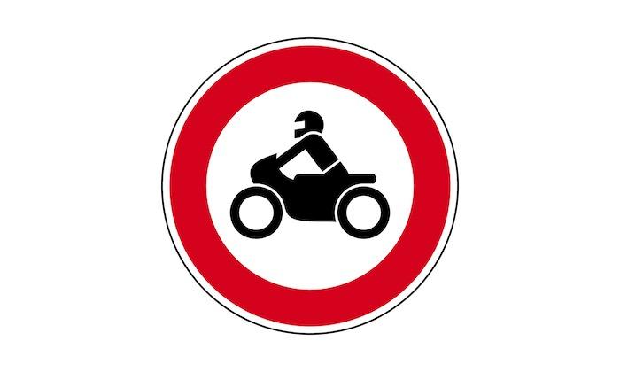 Verkehrszeichen-Verbot-fuer-Krafträder.jpg