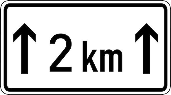 Verkehrszeichen-Zusatzschild-Länge-des-Überholverbots.jpg