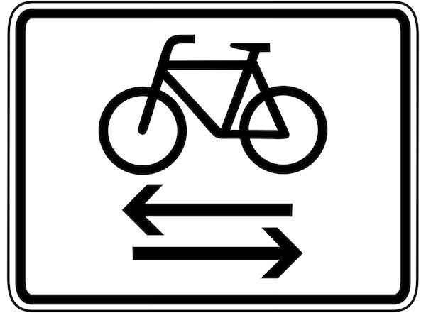 Verkehrszeichen-Zusatzzeichen-kreuzender-Radweg.jpg