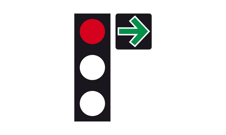 Sie wollen an dieser Ampel mit Grünpfeilschild nach rechts abbiegen. Welches Verhalten ist richtig?