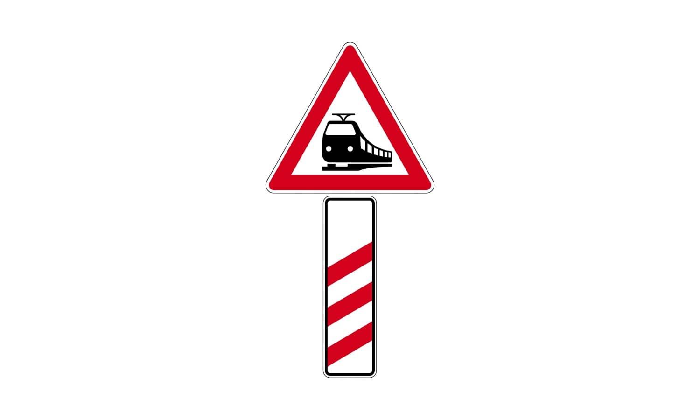 Worauf weist diese Verkehrszeichenkombination hin?